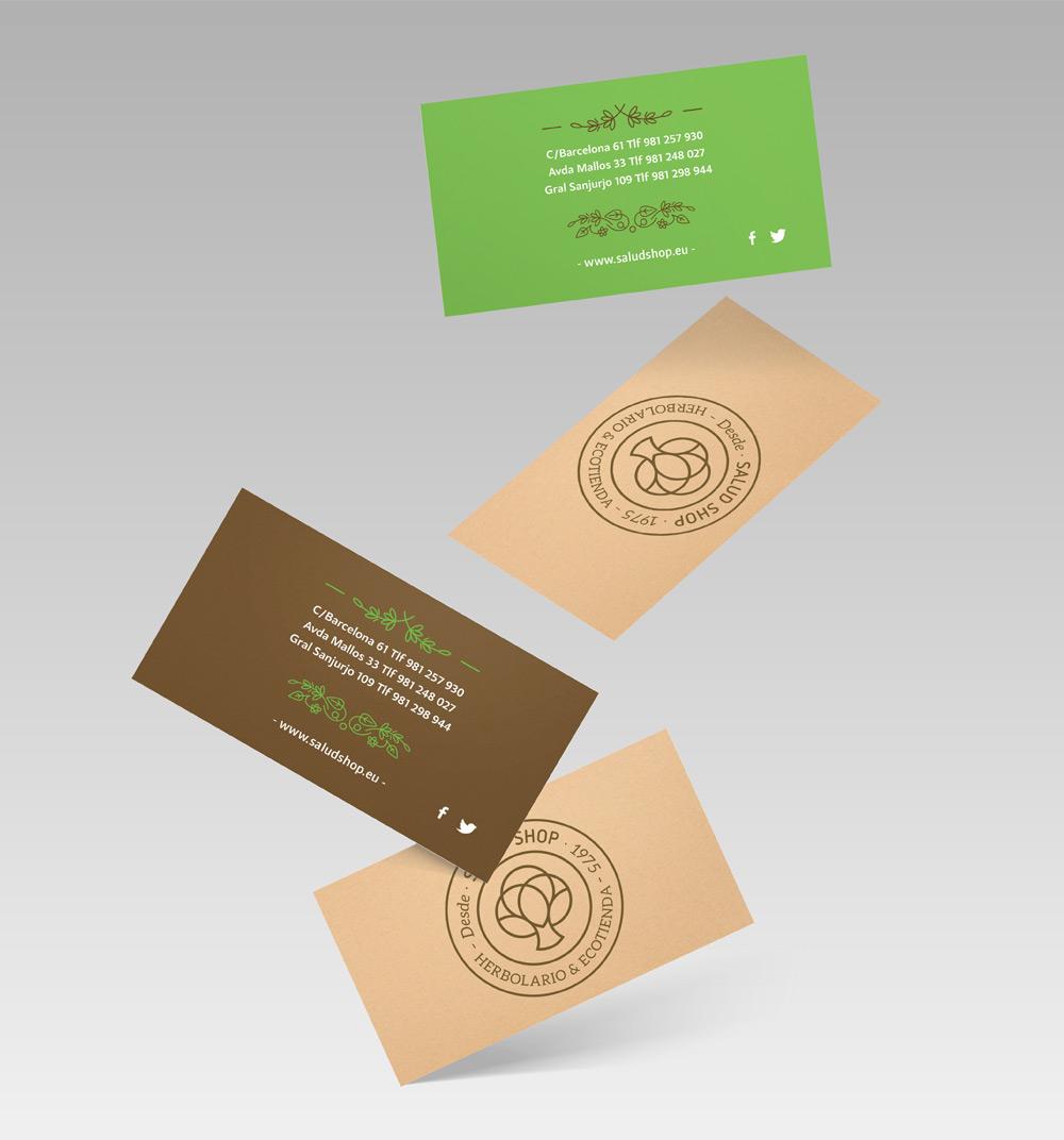 Diseño de dos modelos de tarjetas con los colores corporativos y un acabado en cartón craft con el símbolo de la marca