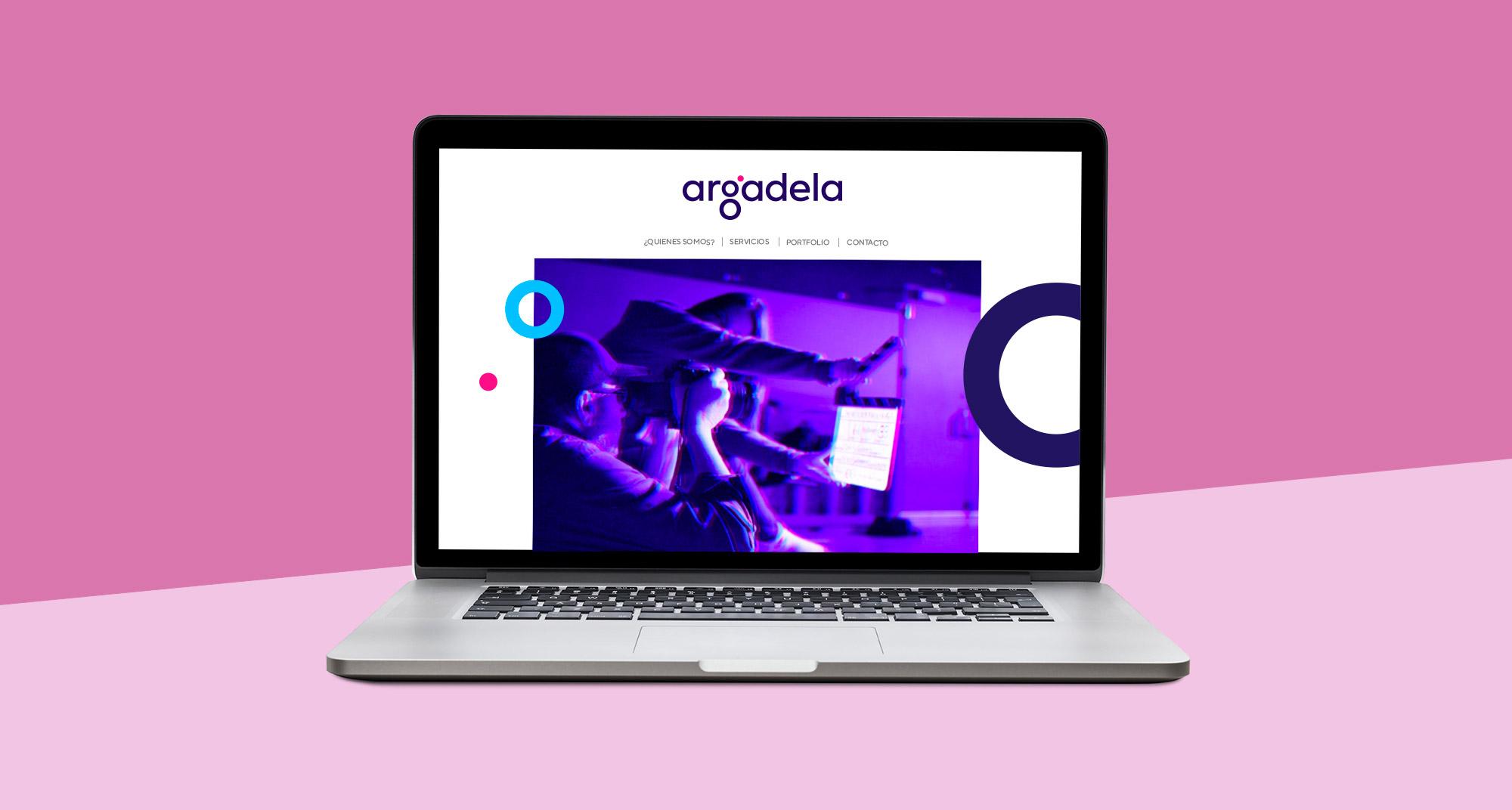 Página web responsive co los servicios de la productora coruñesa
