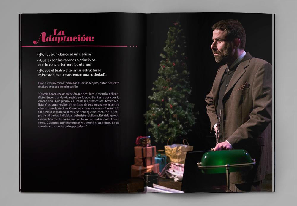 Diseño de doble página del dossier corporativo para la compañía Clásicos nunha Hora, con la fotografía de Xoan Carlos Mejuto, actor de la obra.