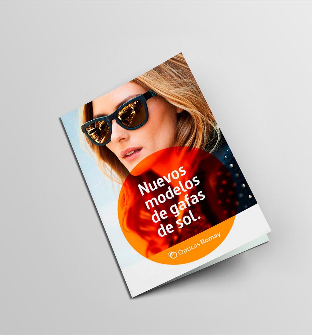 Diseño gráfico e impresión de folleto para empresa óptica de A Coruña