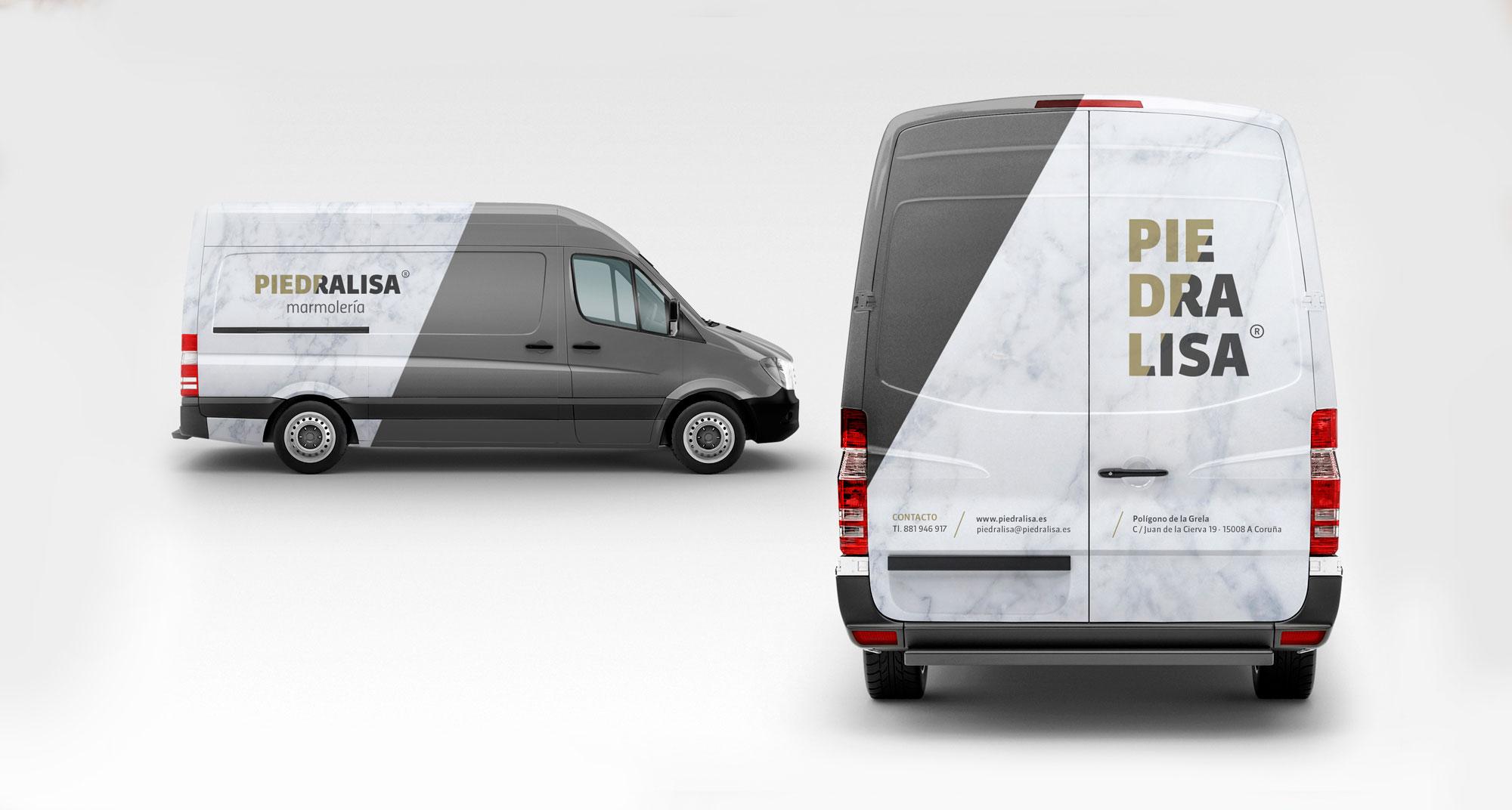 Rotulación de furgoneta con vinilo con textura de mármol y el logotipo